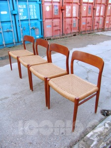 _NIELS MOLLER MODEL 75 chairs