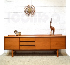__White and Newton WN Petersfield sideboard 8