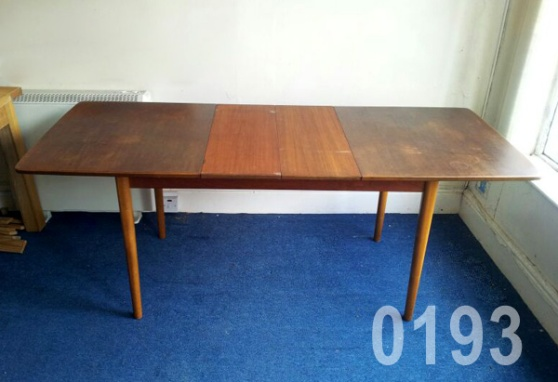 0193 60s hugo troeds extending dining table