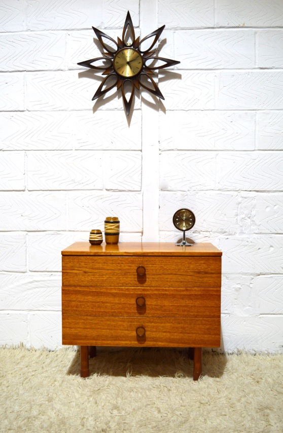 _small chest of drawers