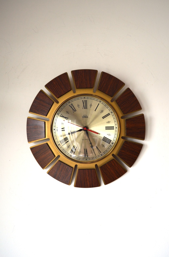 _smiths timecal 70s wall clock