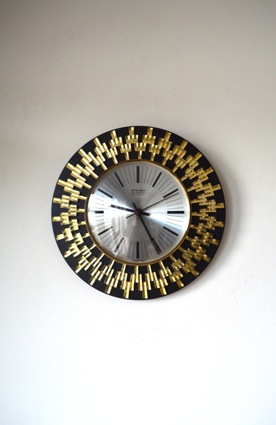 _Staiger chrometron loud black gold wall clock
