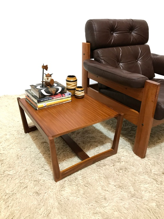 _low-small-teak-side-table